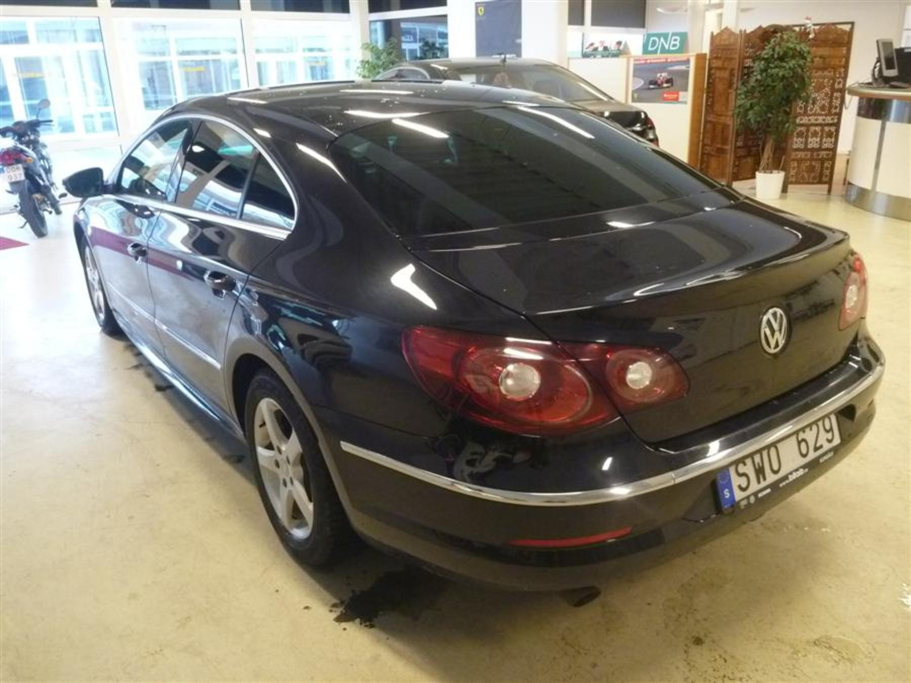 vw passat cc 2 0 tdi 170 hk dsg 4motion r line 2011 40179. Black Bedroom Furniture Sets. Home Design Ideas